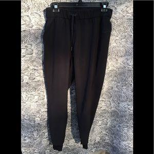 Lululemon pants stretchy size 4 black